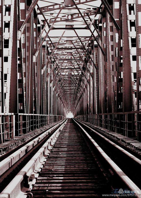 老桥记忆——构成、钢铁、密集